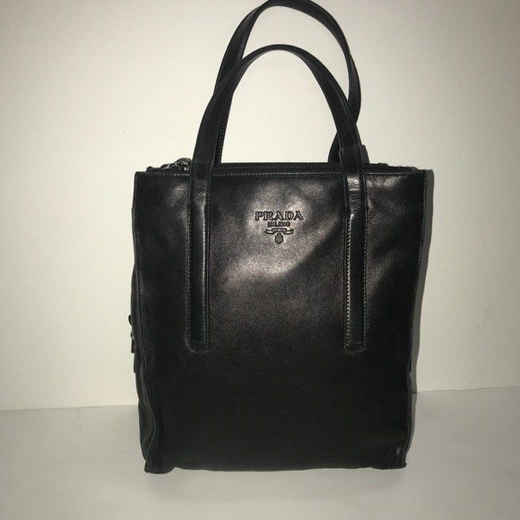 PRADA 100% Authentic vintage leather mini bag. M 5a9c15efb7f72b264029d0fe 9d553ff8c0db7